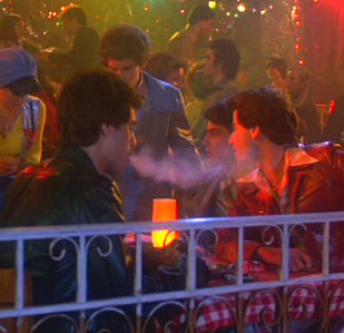 Joey smoking <333