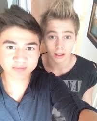 their eyebrows on fleek tho #MYCAKEISBETTERTHANYOURS #CAKEAF i tình yêu both of these Aussie idiots