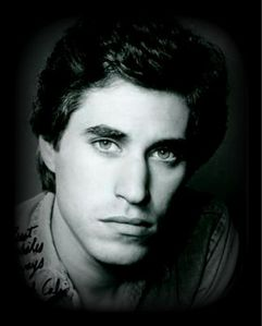 Joey's beautiful face <33333333