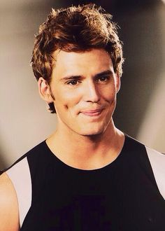 Sam Claflin with dimples<3