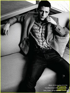 Colton looking up<3