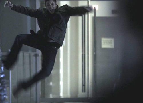 Jensen doing a heel clicker lol