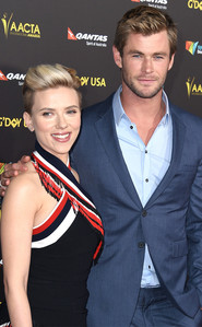 Chris and his Avengers co-star,Scarlett Johannson<3