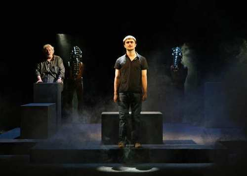 Dan on stage<3