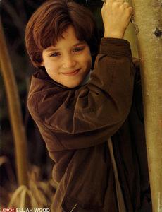 a young adorable Elijah Wood:)