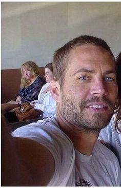 Paul taking a selfie<3