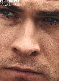 an extreme closeup of my Aussie babe<3