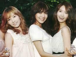 Beauty Rank: 1. Sooyoung 2. Yoona 3. Taeyeon 4. Yuri 5. Tiffany 6. Hyoyeon 7. Seohyun 8. Sunny Vocal Rank: 1. Taeyeon 2. Tiffany 3. Seohyun 4. Sooyoung 5. Sunny 6. Yoona 7. Yuri 8. Hyoyeon Dance Rank: 1. Hyoyeon 2. Yuri/ Yoona 3. Sooyoung 4. Seohyun 5. Taeyeon 6. Tiffany 7. Sunny Flexibility Rank: 1. Yuri 2. Hyoyeon 3. Yoona 4. Sunny 5. Seohyun 6. Taeyeon 7. Tiffany 8. Sooyoung Sexiness Rank: 1. Sooyoung 2. Hyoyeon 3. Yoona 4. Hyoyeon 5. Sunny 6. Tiffany 7. Seohyun 8. Taeyeon Popularity Rank: 1. Taeyeon 2. Yoona 3. Seohyun 4. Sooyoung 5. Tiffany 6. Hyoyeon 7. Yuri 8. Sunny Rap Rank: 1. Hyoyeon 2. Yoona 3. Sooyoung 4. Tiffany 5. Yuri 6. Taeyeon 7. Sunny 8. Seohyun लोकप्रिय Couples 1. YoonYul 2. TaeNy 3. SooNa 4. SunYeon 5. YoonHyun 6. YoonTae 7. HyoYul 8. SooFany लोकप्रिय Triplets 1. YoonYulSic 2. TaeTiSeo 3. HyoYoonYul 4. SHY 5. YoonYulSeo 6. TaeTiSun 7. YoonYulTae 8. YoonSooTae Voted Sub-Unit: 1. TTS 2. SHY 3. SHYY 4. YYH 5. SYY Bias Rank: 1. Yoona 2. Sooyoung 3. Taeyeon 4. Yuri 5. Hyoyeon 6. Tiffany 7. Sunny 8. Seohyun Language Power: 1. Seohyun 2. Tiffany 3. Sooyoung 4. Hyoyeon 5. Taeyeon 6. Sunny 7. Yoona 8. Yuri English Fluent 1. Tiffany 2. Sooyoung 3. Taeyeon 4. Seohyun 5. Sunny 6. Yoona 7. Hyoyeon 8. Yuri