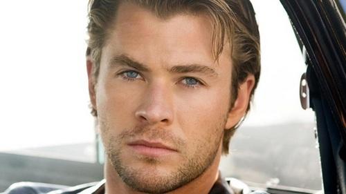 Chris and his Thor-riffic eyebrows<3<3