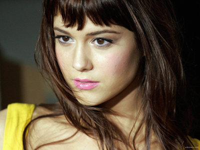 To actually provide a change up from fictional crushes. One celebrity crush I do have is: Mary Elizabeth Winstead