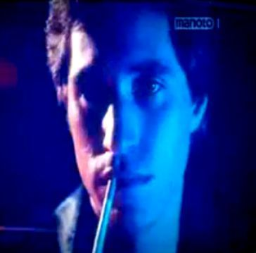 Joey with blue light on him <333333333