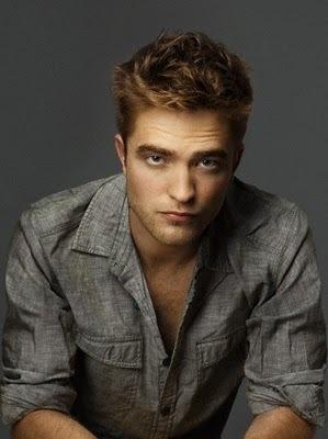 I'm in a Pattinson Любовь trance<3