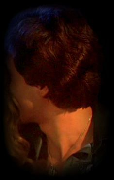 I so wanna run my fingers through his beautiful hair <3333333333
