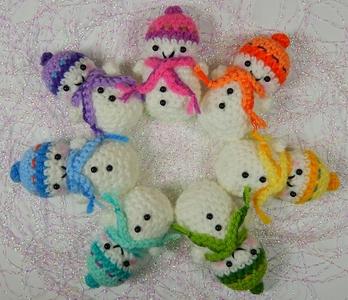 Tiny little snowmen! ☃⛇