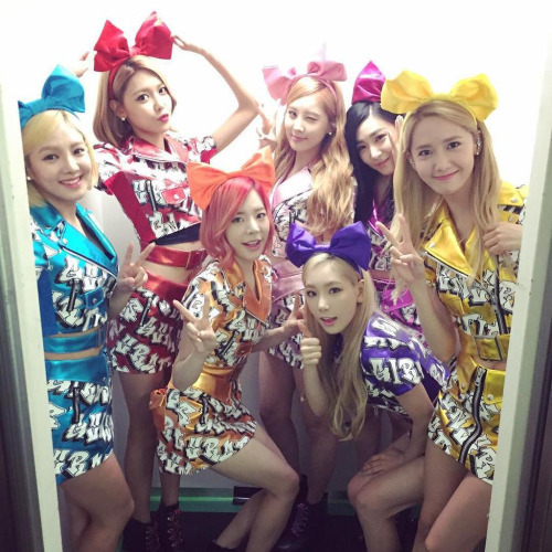 1. Yoona 2. Sooyoung 3. Taeyeon 4. Yuri 5. Hyoyeon 6. Tiffany 7. Seohyun 8. Sunny Just my opinion :))