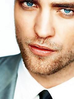 my fave blue eyed wonder<3