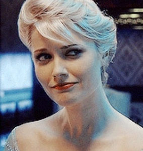 This is the OUAT Elsa so hopefully it counts: