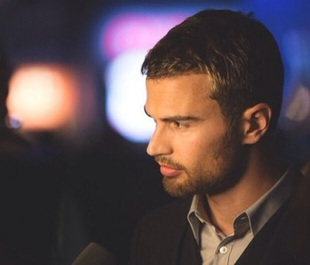 Theo looking incredibly theolicious with stubble<3