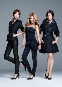Hyoyeon-Jessica-Sooyoung Trained for the longest Taeyeon-Sunny-Tiffany YoonYul - Obvious SeoHyo #SHY
