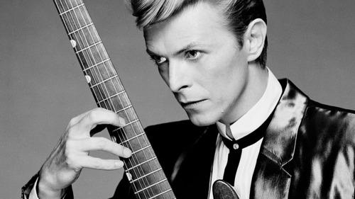 Bowie,the rock GOD:)