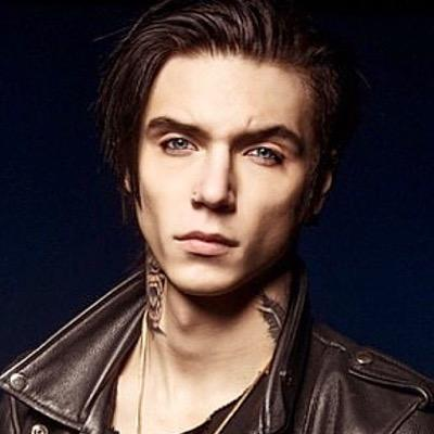 Andy :)