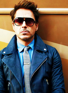 RDJ in blue :)