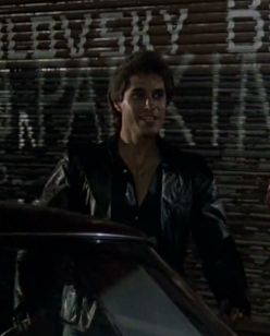 Joey wearing a leather 夹克 <3333333