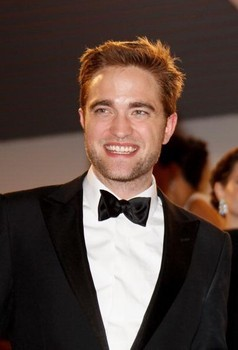 my gorgeous Rob with a sexy,sweet smile<3