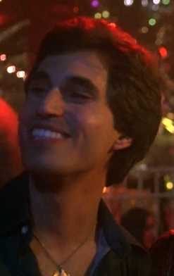 Joey always makes me super happy sa pamamagitan ng his smile <333333