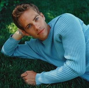 Paul's deep ocean blue eyes<3