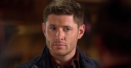 Jensen as Dean Winchester in सूपरनॅचुरल :)