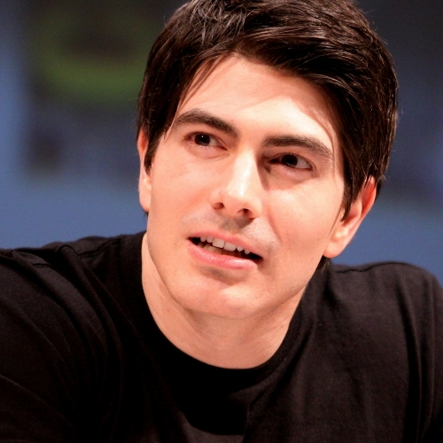 Brandon Routh - He has moments but hes not that hot..