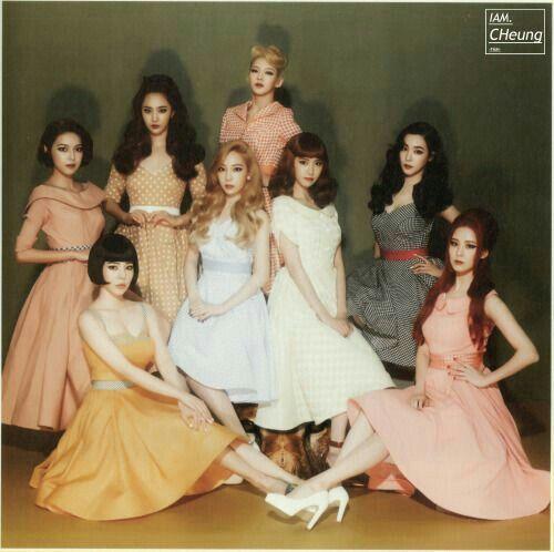 1. Yuri 2. Yoona 3. Tiffany 4. Seohyun 5. Taeyeon 6. Sunny 7. Sooyoung 8. Hyoyeon