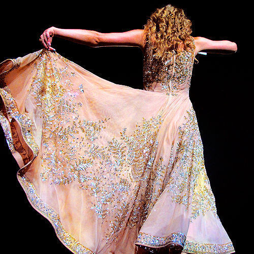 Taylor in گاؤن, gown \^o^/