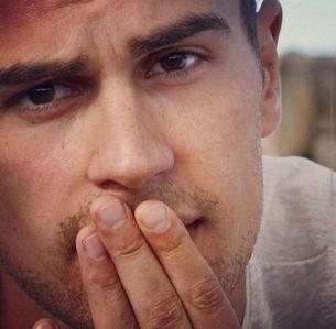 Theo's chokoleti brown eyes...I'm melting<3