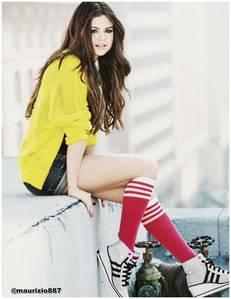 Selena in photoshoot