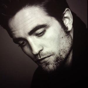 Pattinson in b&w<3