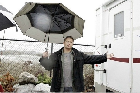 waiting with open arms for me to شامل میں him under his umbrella ;)