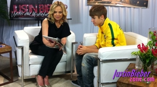 Bieber in yellow:)