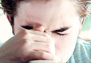 my babe looking at something through a microscope in a scene from Twilight<3