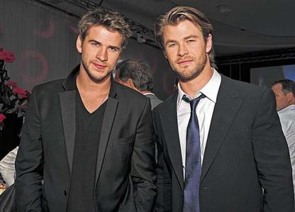 both Hemsworth bros are sexy and tall<3