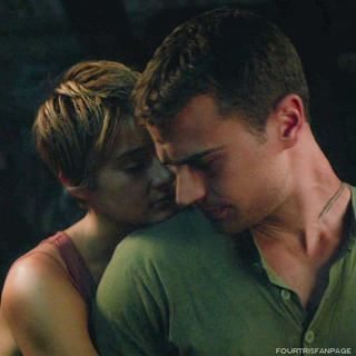 Theo in green<3