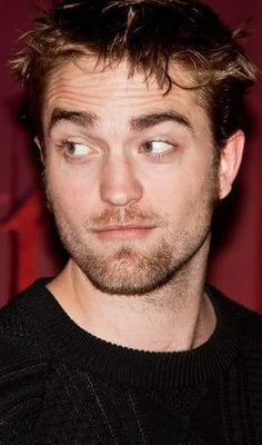 my babelicious Brit with raised brows<3