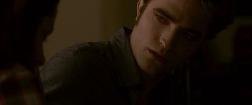 my vampire Любовь looking at Kristen,as Bella,in a scene from Twilight : Eclipse<3
