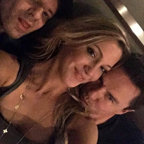 Katie Cassidy with John Barrowman and someone else <3