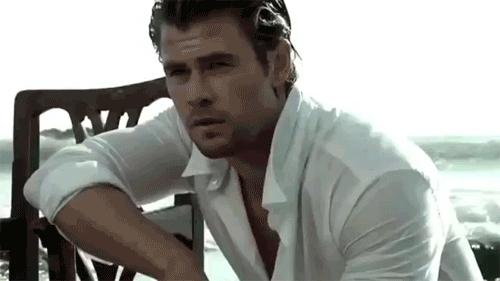sexy Chris Hemsworth in white<3