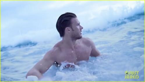 Scott in the water<3