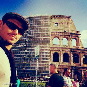 Kellan's italian selfie<3