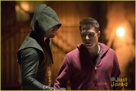 Amell and Haynes on Arrow<3