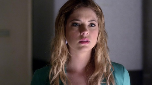 Ashley Benson who played my favoriete character, Hanna Marin in Pretty Little Liars